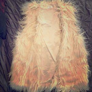 TOBI Faux furry fashion vest